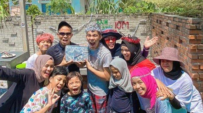 Ramai Isu Gen Halilintar Langgar Prokes, Atta Halilintar Ungkap Keseharian Keluarganya di Malaysia