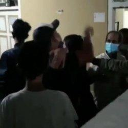 Amarah Warga Membara, Geruduk Rumah Pemerkosa Anak Tiri, Kata Kasar jadi Puncak Kekesalan