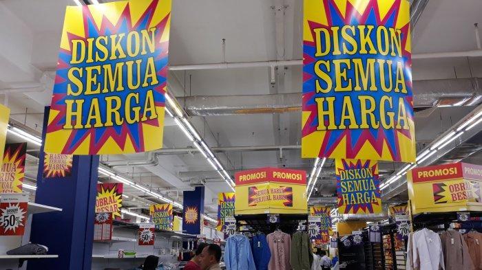 Semua Harus Habis Terjual Jelang Giant Lebak Bulus Tutup, Konsumen Berpesta Diskon