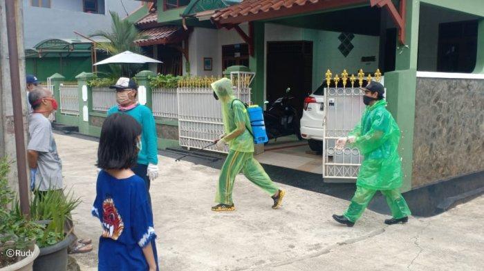 Cerita Siti Sundari, Relawan Asal Depok Rela Rogoh Kocek Pribadi Demi Bantu Warga Hadapi Covid-19