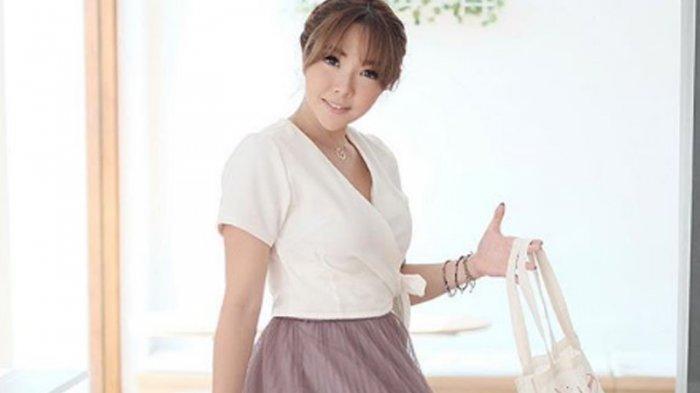 Video Syur Mirip Gisella Anastasia Tersebar, Gunakan Kimono Warna Hijau, Trending Topik di Twitter