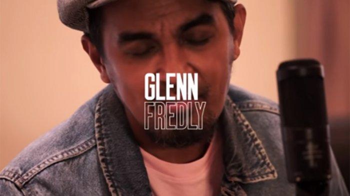 Video Detik-detik Peti Jenazah Glenn Fredly Dibawa ke GPIB Sumber Kasih Lebak Bulus