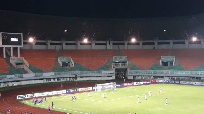 Persik Kediri berhasil mencetak gol melalui Ady Eko Jayanto