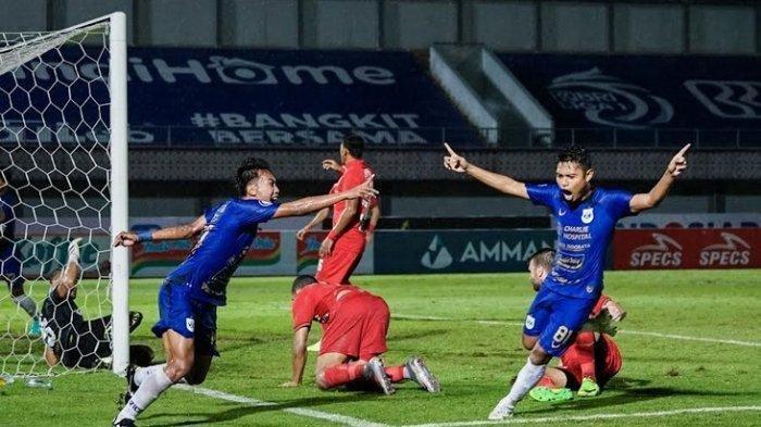 Gol PSIS Semarang ke gawang Persija Jakarta