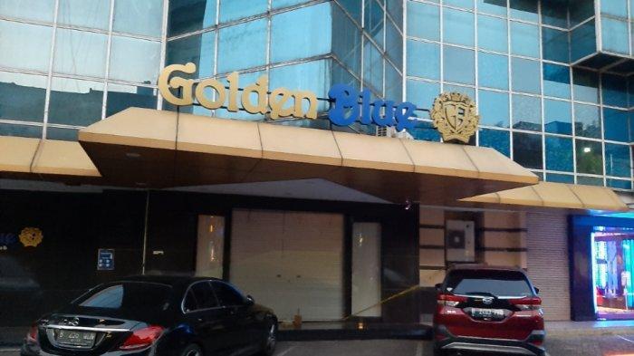 Kesaksian Pedagang: Golden Blue Karaoke Buka Selama PPKM, Pengunjung Masuk Lewat Pintu Belakang