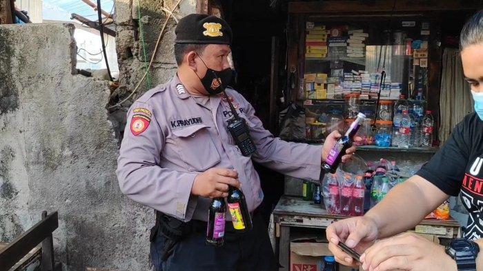 Dua Warung Kelontong di Jatinegara Digerebek, Ratusan Botol Minuman Keras Disita
