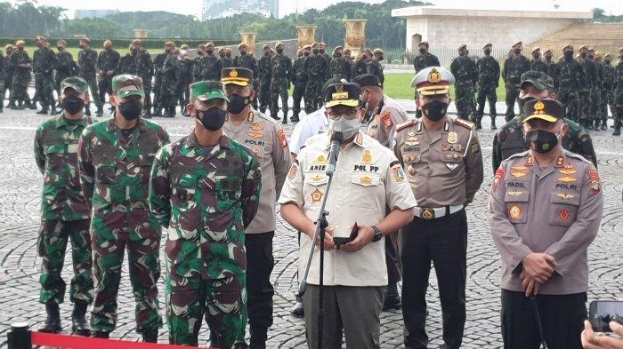 Tekan Laju Penularan Covid-19, Gubernur Anies Terapkan Jam Malam