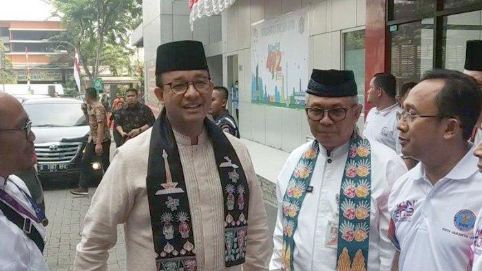 Gubernur Anies Kunjungi RSUD Koja untuk Jenguk Petugas PPSU Viral yang Ditabrak Motor