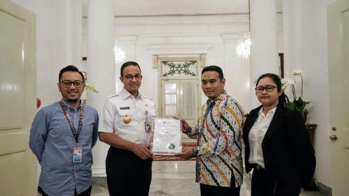 PT MRT Jakarta dan PT PDW Architects Terima Penghargaan Merit Award