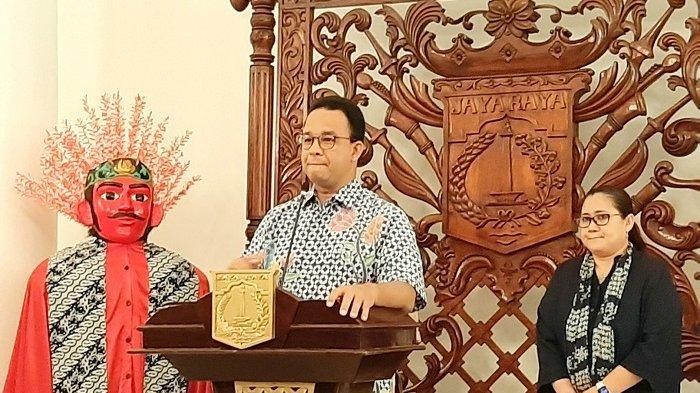 BREAKING NEWS Anies Pastikan Transjakarta Hanya Layani 13 Rute, Jam Operasional Dipangkas
