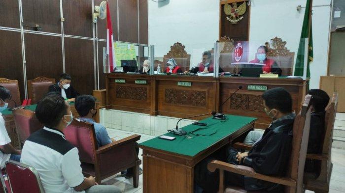 Kasus Kebakaran Kejagung: Hakim PN Jaksel Vonis 5 Tukang Bangunan 1 Tahun Penjara, Mandor Dibebaskan