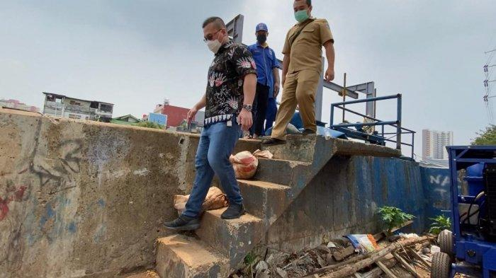 Anggota DPRD DKI Jakarta Kenneth Minta Suku Dinas SDA Waspadai Banjir di Tengah Pandemi Covid-19