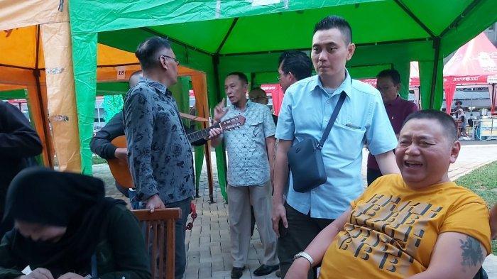 Mengidap Stroke, Kisah Haryanto Badjuri Mantan Kepala Satpol PP DKI Sekolahkan Pengamenhingga S3