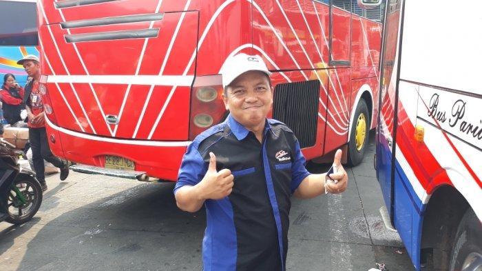 Cerita Sopir Bus Tak Berlebaran di Rumah Demi Antarkan Penumpang Mudik