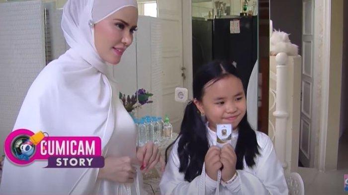 Bukan Uang, THR Tak Biasa Angel Lelga untuk Putri Semata Wayangnya