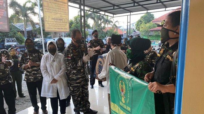 Hipakad Berbagi Ribuan Sembako Hingga Masker Ditengah Pandemi Covid-19