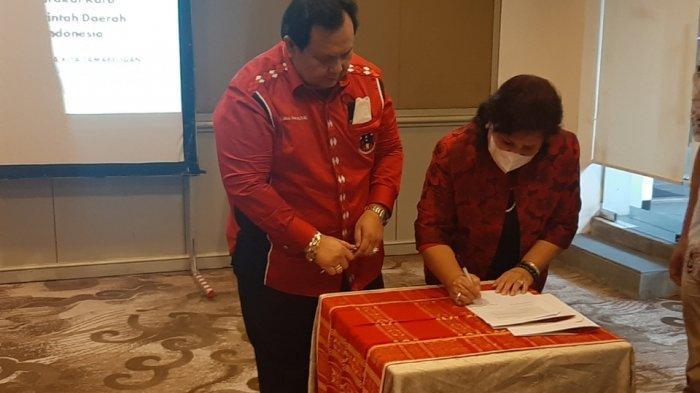 Penandatanganan kerjasama antara HKMI dan Pemkab Karo di Hotel Gran Melia Kuningan, Setiabudi, Jakarta Selatan, Sabtu (12/6/2021).