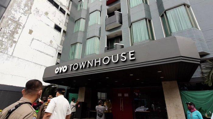 Diduga Ilegal Menerima Pasien OTG, Irwandi Segel Hotel Alvin Oyo TownHouse di Sawah Besar