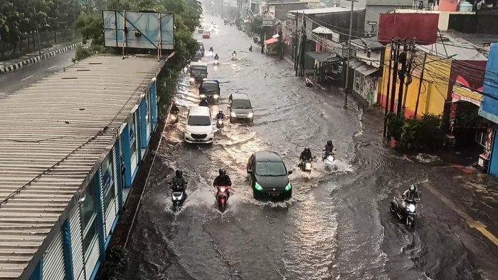 Info BMKG, Waspada Peringatan Dini Cuaca Ekstrem 25 Wilayah di Indonesia Selasa 6 April 2021