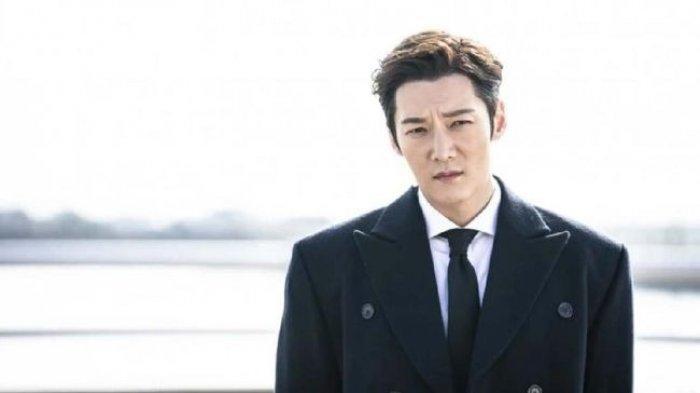 Choi Jin Hyuk Merasa Tertipu Ketika Lakukan Adegan Sulit di Drama Mr Queen