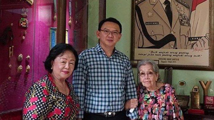 Kunjungi Istri Mantan Kapolri, Ahok Bawa Pulang Karya Hoegeng: Baru Tahu Dia Punya Jiwa Seni Tinggi