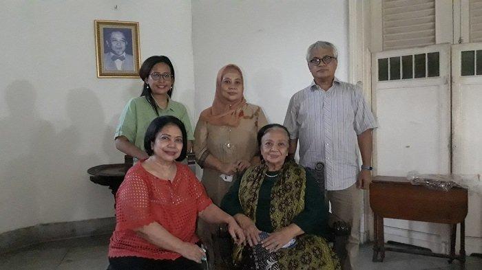 Ngabuburit di Rumah Belanda Keluarga Achmad Soebardjo: Napak Tilas Bapak Pendiri Bangsa