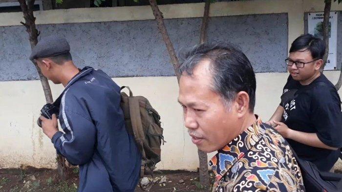 Guru Pelaku Kekerasan Terhadap Murid SMA Negeri 12 Kota Bekasi Enggan Berkomentar