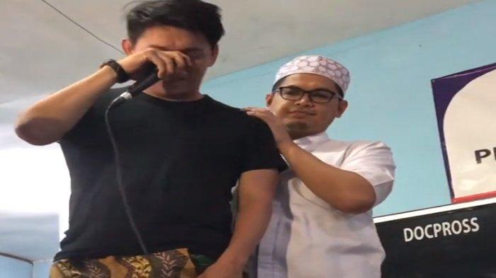 Bertemu Ifan Seventeen di Pengajian, Adrian Maulana Bilang Begini: Baik Sangka Sama Allah Bro