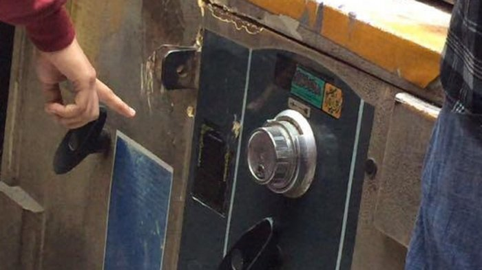 Modal Linggis, Gembong Maling Bawa Kabur Brankas Berisi Uang dan Emas Batangan di Jelambar