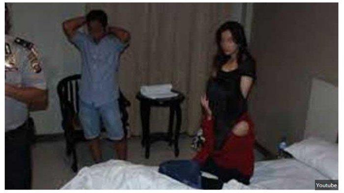 Pergoki Sang Istri Selingkuh dengan Oknum Perwira Polisi, Suami Malah Diusir dari Rumahnya Sendiri