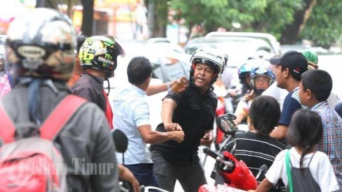 VIRAL Debt Collector Rampas Motor di Jalan Antasari Jaksel, Polisi: Kalau Kelihatan, Kami Tangkap