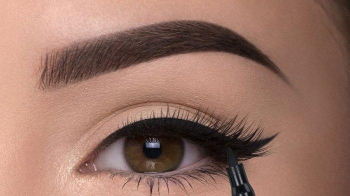 5 Hal Ini Sebabkan Eyelinermu Luntur, Hindari Agar Tak Buat Matamu Hitam!