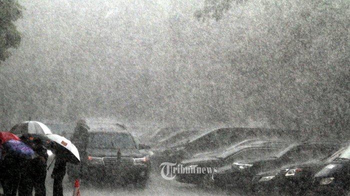 Prediksi Cuaca dari BMKG, Kamis 8 April 2021: DKI Jakarta Berpotensi Hujan Deras