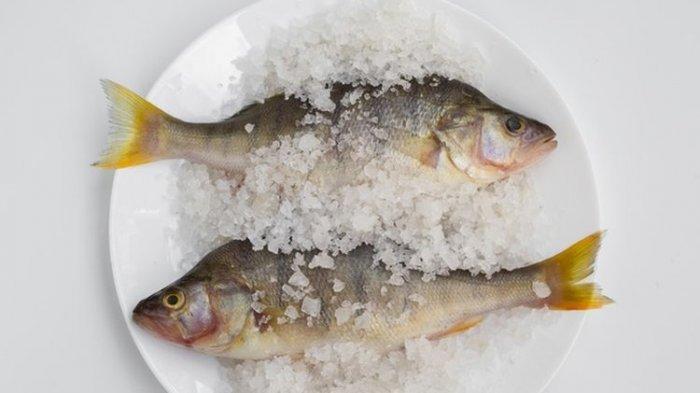 Kail dan Ikan Hidup Tak Sengaja Nyangkut di Tenggorokan, Pria Ini Akhirnya Jalani Operasi