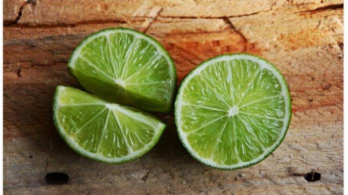 Sering Minum Air Jeruk Nipis? Catat 5 Efek Sampingnya Jika Dikonsumsi Berlebihan