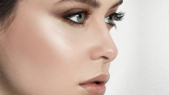 Urutan Pemakaian Skin Care yang Benar Demi Hasilnya Lebih Maksimal, Yuk Dicoba!