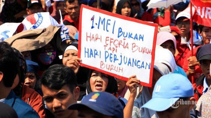 May Day 2021, Buruh di Bekasi Pilih Aksi Bukber dan Santuni Anak Yatim Piatu