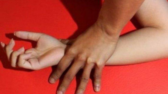 Suami Jual Istri ke Hidung Belang, Ditawarkan di Medsos, Suami Menonton saat Istrinya Disetubuhi