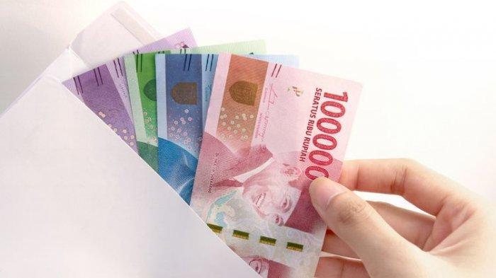 Tinggal Tunggu, Presiden Jokowi Sudah Setuju Cairkan BLT Subsidi Gaji Rp 2,4 Juta Tahun Ini