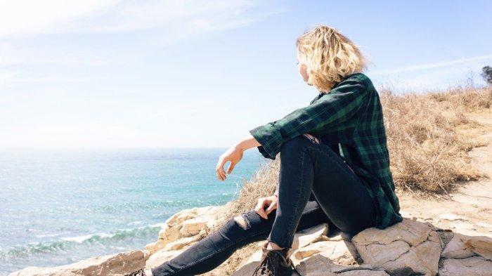 Punya Hobi Traveling? Perlengkapan Ini yang Mendukung Jika Kamu Ingin Jadi Travel Vlogger