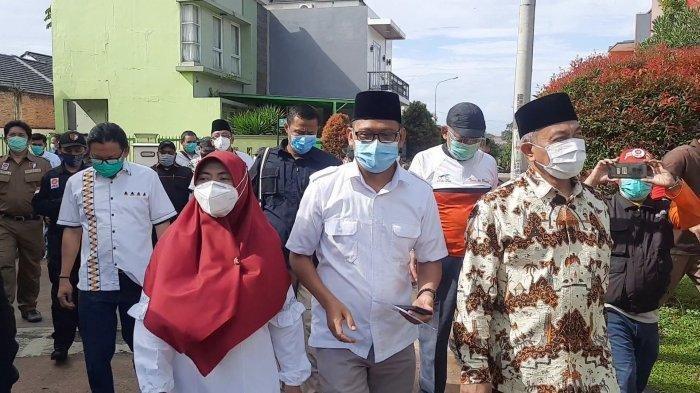 Imam Budi Hartono Dikawal Presiden PKS Saat Mencoblos di Pilkada Depok: Optimis Raih Kemenangan
