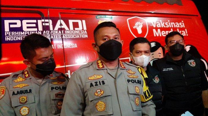 Kapolres Metro Jakarta Selatan Kombes Azis Andriansyah saat diwawancarai terkait aksi berbikini selebriti Dinar Candy pada Kamis (5/8/2021) malam.