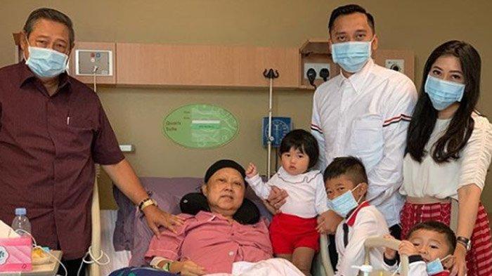 SBY Cium Tangan Putri Bungsu Ibas, Aliya Rajasa Beberkan Pesan Ani Yudhoyono: Ya Allah Beri Kekuatan