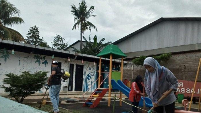 Cerita Intan, Pengelola RPTRA Tamplas Bambu yang Merasakan Dampak Pandemi Covid-19
