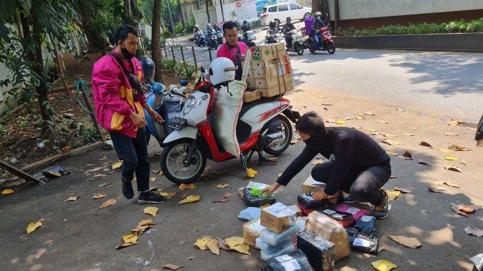 Kisah Para Kurir Antar Barang di Ibu Kota: Resiko Ganti Rugi Paket hingga Jadi Intaian Maling Motor