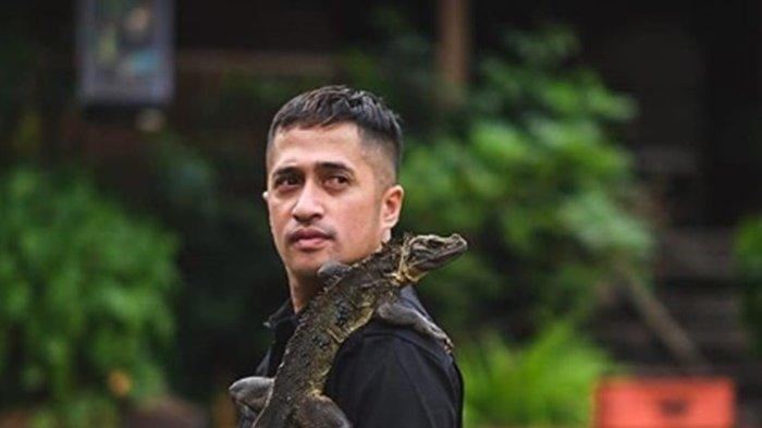 Irfan Hakim Kerap Begini Usai Puluhan Ikannya Mati, Sang Karyawan Merasa Bersalah & Izin Undur Diri