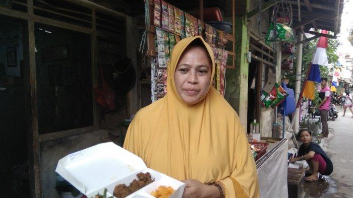 Kelurahan Kampung Melayu Terima 300 Boks Daging Kurban Olahan Chef Hotel Bintang 5