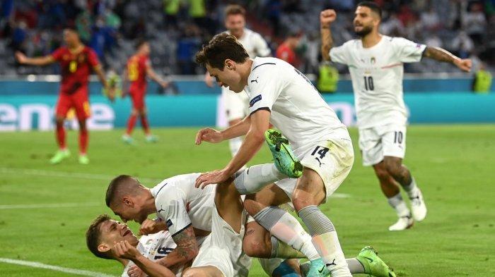 Pemain Timnas Italia selebrasi karena berhasil lolos ke semifinal Euro 2020