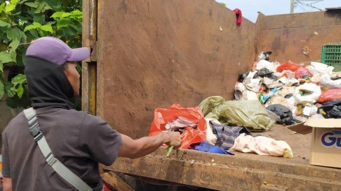 Jasad Bayi Tanpa Identitas Ditemukan di Tumpukan Sampah, Petugas Kebersihan: Masih Ada Darahnya