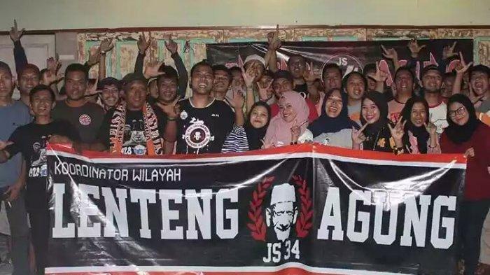 Jakmania Lenteng Agung, pendukung setia Persija Jakarta.